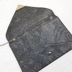 VIETA Fashion Bags - Vieta | Faux Snakeskin Flat Clutch
